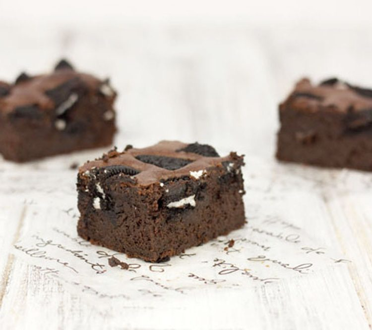 BROWNIE CON OREOS