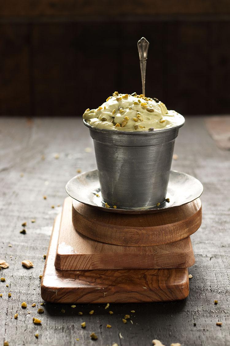 """HELADO DE PISTACHO. Preparacion tradicional y con """"Dayelet"""", sin huevo y sin azucar."""