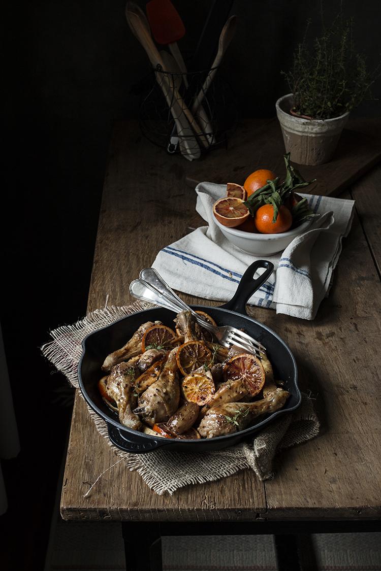 Pollo en salsa agridulce de naranjas sanguinas, chirivías y nueces