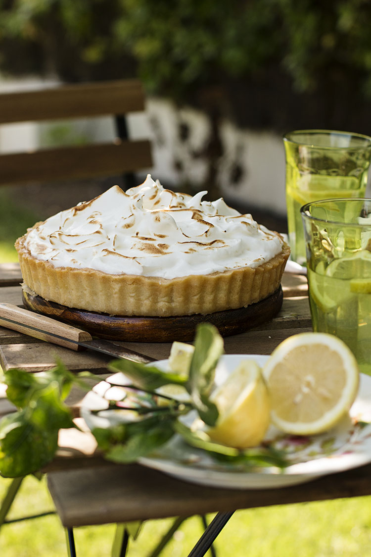 LEMON MERINGUE PIE o PASTEL DE CREMA DE LIMÓN Y MERENGUE