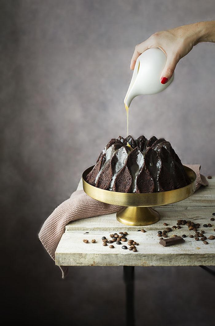 BUNDT CAKE DE MOKA CON GLASEADO DE CARAMELO Y BAILEYS