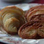 HOJALDRE CASERO. Palmeritas, croissants y napolitanas de choco.