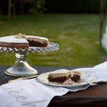 BIZCOCHO DE AVELLANAS Y CHOCOLATE…… PARA UNA MERIENDA AL ATARDECER