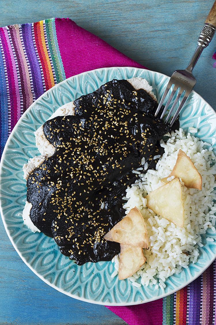Mole, parte de los platillos típicos de Oaxaca.